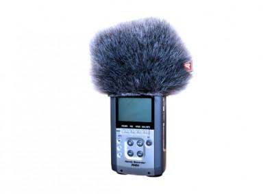 Zoom H4N Mini Windjammer In Use (055438)